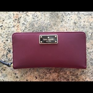 Kate Spade wallet - like new, burgundy